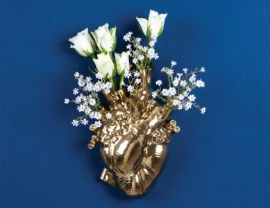SELETTI-LOVE-IN-BLOOM-GOLD-600x463